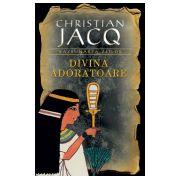Divina Adoratoare (vol. 2 seria Razbunarea zeilor)