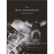 Pachet Miss Peregrine cu set de 10 fotografii (Ransom Riggs)